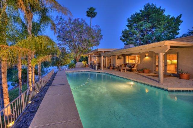 Resurfacing Your Pool The Benefits Of Plaster Versus